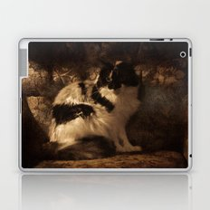 Her Magesty Laptop & iPad Skin