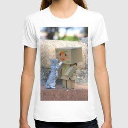 Danbo and cat #11 T-shirt