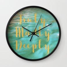 Truly Wall Clock