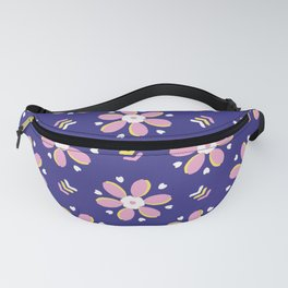 Retro bold floral daisies seamless pattern. Fanny Pack