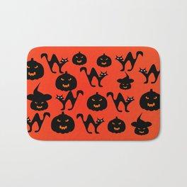 Halloween with cats and pumpkins Bath Mat