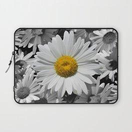 Cheerful Daisy Flower A197 Laptop Sleeve