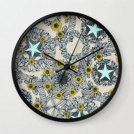 cirque fleur stone aqua star Wall Clock