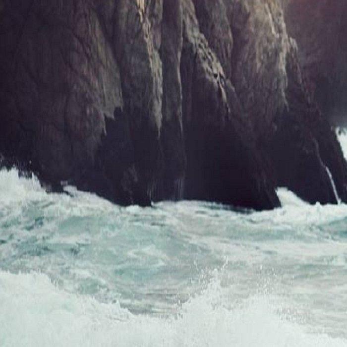 Crashing waves Leggings