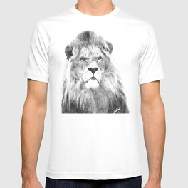 Black and white lion animal portrait T-shirt