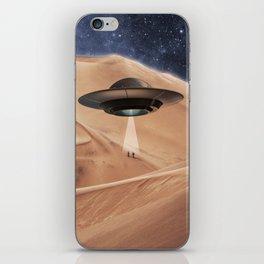 ALIEN DESERT ABDUCTION iPhone Skin