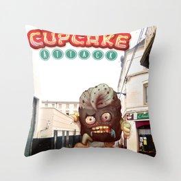 Cupcake attack Throw Pillow