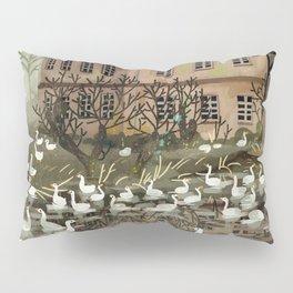 haunted house Pillow Sham