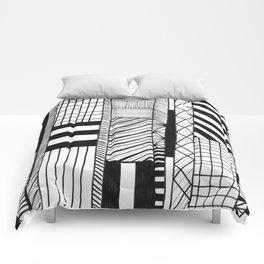 Mono Geo Lines Comforters