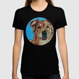 Cody the Golden Labrador Mix Dog Portrait T-shirt