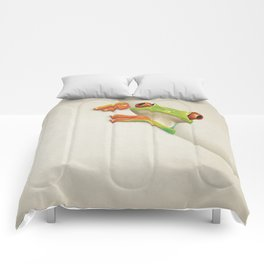 Little Red Eyed Tree Frog Comforters