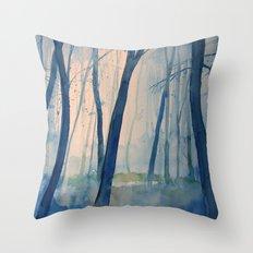 Nel bosco Throw Pillow