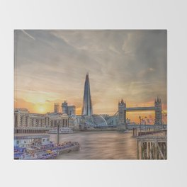 London Summer time Throw Blanket