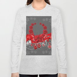 POINSETTIAS FLOWER SNOWFLAKES WREATH DECORATIONS Long Sleeve T-shirt