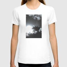 JAPANESE PAGODA - Festival Gardens, Liverpool T-shirt