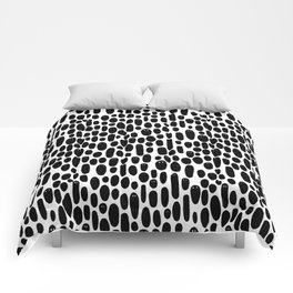 Black and White Creepy Cute Ghosts Pattern Comforters