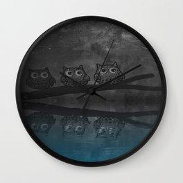 owl-87 Wall Clock