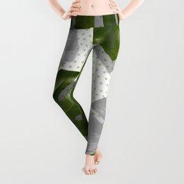 """Monstera plant on polka dots and white"" Leggings"