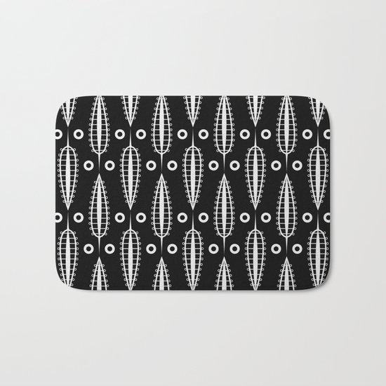 Art Deco No. 20 Fishnet white sheets . Bath Mat