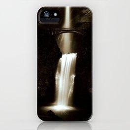 Multnomah Falls, Oregon iPhone Case