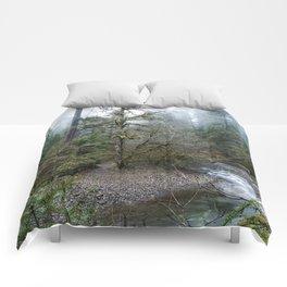 A Creek Runs Through It Comforters