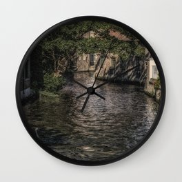 Wet Backdoor Wall Clock