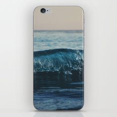 the wave ... iPhone Skin