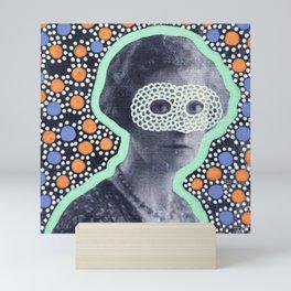 Sguardi Neri Sotto Cieli Neri 001 Mini Art Print