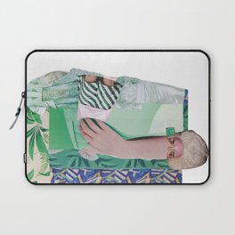 Wanda Goes on Vacation - green modern collage Laptop Sleeve