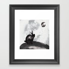。Yearning for the Moon 。 Framed Art Print