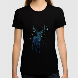 Deer silhouette with winter forest T-shirt
