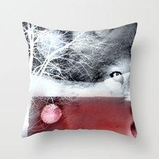 Wolf's blood Throw Pillow