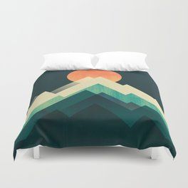 Ablaze on cold mountain Duvet Cover