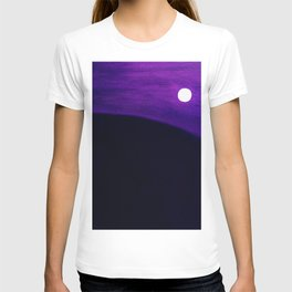 Moon in Purple Twilight by Hubertine Heijermans T-shirt