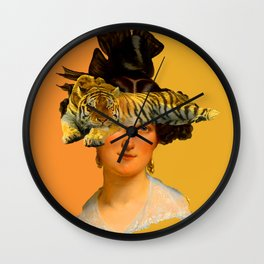 GENTLEWOMAN FACE WITH SLEEPING TIGER I Wall Clock