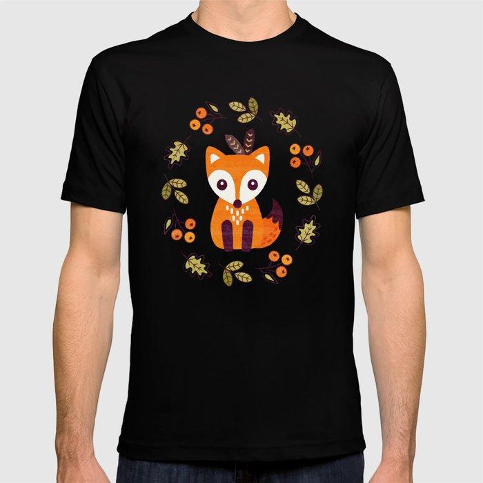 LITTLE FOX WITH AUTUMN BERRIES T-shirt