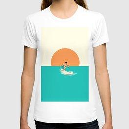 Surfer Minimal Draw Line T-shirt