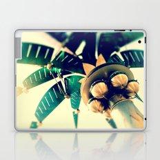 Nuevo Laptop & iPad Skin