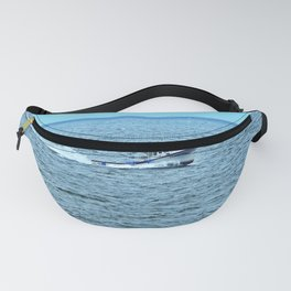 Sweet Deal Races into the Harbour Fanny Pack