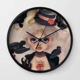 Les petits becs... Wall Clock