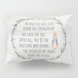 Moms Love w/Weathered wood background Pillow Sham