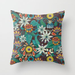 sarilmak Throw Pillow