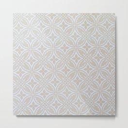 Elegant white ivory geometric quatrefoil pattern Metal Print
