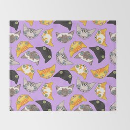 """""""Oro?"""" Cats-Lavender Throw Blanket"""