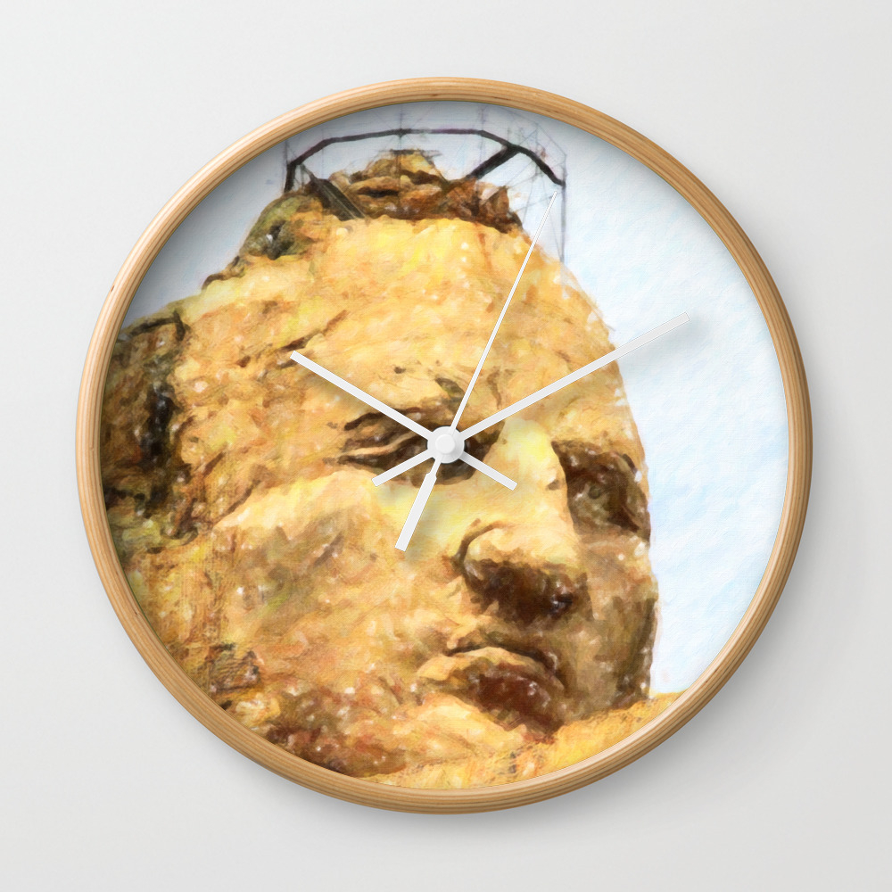 Crazy Horse Wall Clock by Lanjee CLK8351723