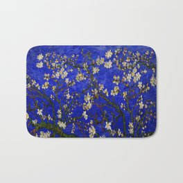 Abstract Daisy with Blue Background Bath Mat