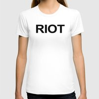 always sunny T-shirts featuring Riot / Always Sunny / In Philadelphia by Earl of Grey