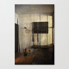 Guard Room In La Conciergerie De Paris Canvas Print