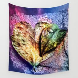 Water drop on green heart leaf - A pitangueira Wall Tapestry