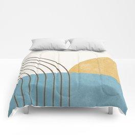 Sunny Ocean Horizon Comforters